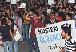 Üniversite yurdunda öğrenci ayaklanması