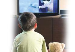 TV çocukla diyalog kuramaz, siz iletişim kurun