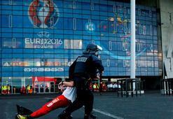 Fransa Hükümetinden flaş açıklama Teröre karşı...
