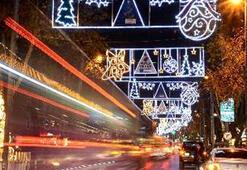 Kadıköy yeni yıla ışıl ışıl giriyor