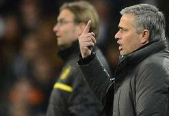 Mourinhoya darbe üstüne darbe