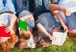 Ebeveynleriyle kitap okuyan çocuklar daha başarılı