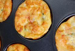 Sahura özel sebzeli muffin tarifi ve sahur menüsü