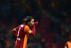 Galatasarayda bir deprem daha Selçuk İnan...