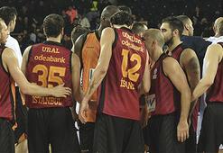 Galatasaray Sinanla güldü