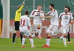 Almanya Kupasında Kaiserslautern sürprizi