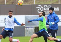 Trabzonsporda Kasımpaşa maçı hazırlıkları sürüyor