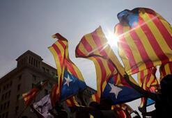 Katalonyadan birer birer taşınıyorlar