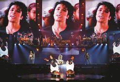Michael Jackson Cirque Du Soleil ile İstanbulda