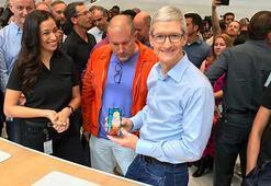 iPhone X müşterileri için kapıyı Apple CEOsu açtı