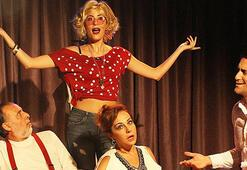 Tiyatro Keyfinden kapalı gişe komedi