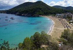 Akdenizin eğlence adası İbiza