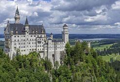 Disneye ilham olan kale: Neuschwanstein