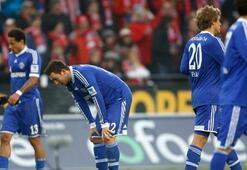 Schalkeye bir darbe daha
