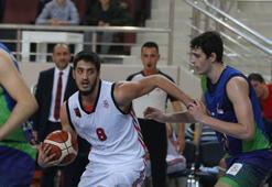 Demir İnşaat  Büyükçekmece: 72 - Eskişehir Basket: 79