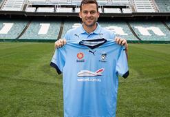 Bobo, Sydneye transfer oldu
