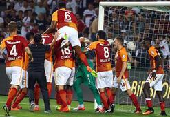 Galatasaraydan ezeli rakiplere gönderme