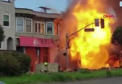 Doğalgaz boru hattı patladı, binalar alevler içinde kaldı