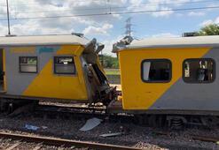 Son dakika... Güney Afrikada trenler çarpıştı