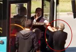 Antalyada utandıran olay Kimliğini gördü, otobüsten attı...