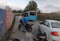 Otobüs şoförünün kendisine çarpan motosikletli gence şefkati kamerada