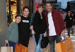 Adriano ve ailesinin alışveriş turu