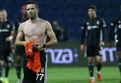 Beşiktaşta Genk maçı öncesi Gökhan Gönül şoku