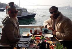 Eşiyle kahvaltı keyfi