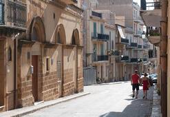 Sicilyada 7 liraya ev