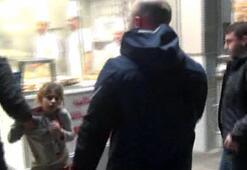 Görüntüler Taksimden... Metro girişinde dileniyorlardı Böyle götürüldüler