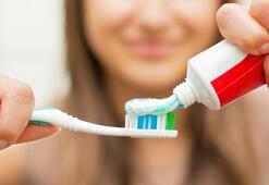 Diş fırçası kullanırken nelere dikkat edilmeli