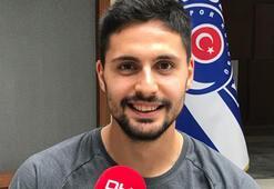 Tarkan Serbestten Mustafa Denizliye övgü
