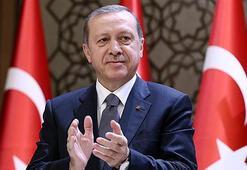 Cumhurbaşkanı Erdoğan, Ahmet Ağaoğlunu kutladı
