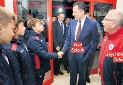 Bakan Selçuk'tan Altınordu'ya ziyaret