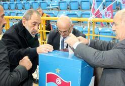 Trabzonspor başkanını seçiyor Oy verme işlemi başladı