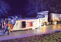 3 servis kazası: 4 ölü, 31 yaralı