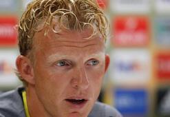Dirk Kuyt dönmeyi düşünmüyor