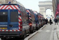 Pariste güvenlik önlemleri iki katına çıkarıldı