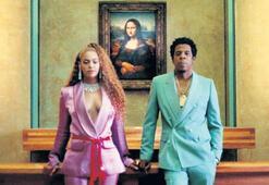 Louvre'a Beyonce ile Jay-Z dopingi