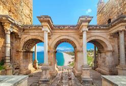 Antalyada tarihi turizm rekoru