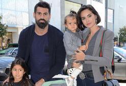Volkan Demirel ailesiyle alışverişte...