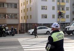 Boluda kırmızı ışıkta geçen yayalara trafik cezası
