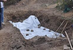 Şeftali bahçesinde bulundu Üzeri hemen örtüldü, sır gibi saklanıyor