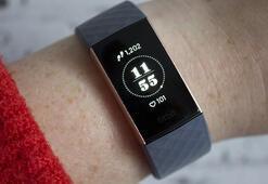 Fitbit Charge 3 akıllı bileklik inceleme: Zinde kalmanız için sizi uyarıyor