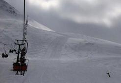 Saklıkentte telesiyej arızalandı, tatilciler havada mahsur kaldı