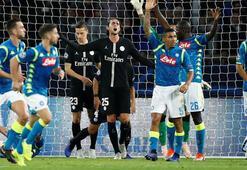 Paris Saint-Germain - Napoli: 2-2