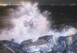 Son dakika: Deniz ulaşımına fırtına engeli O seferler iptal
