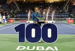 Federer yıllara meydan okuyor