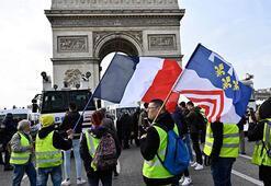 Fransada sarı yeleklilerin gösterileri 4üncü ayını doldurdu
