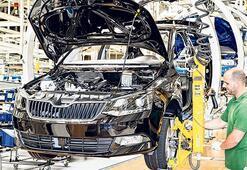 VW hevesli Skoda yolda
